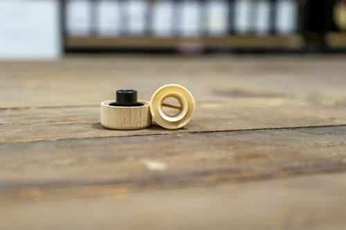 Tappo Versatore con Testa in Legno per Bottiglie Olio - Colore Crema